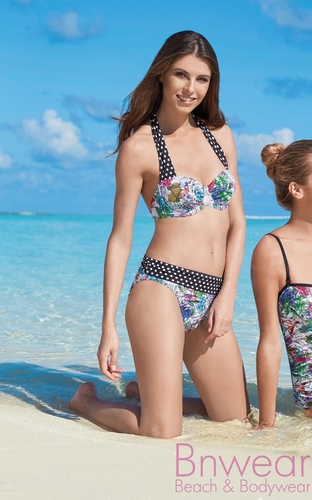 sunmarin halter bikini 11010 in  B en C-cup